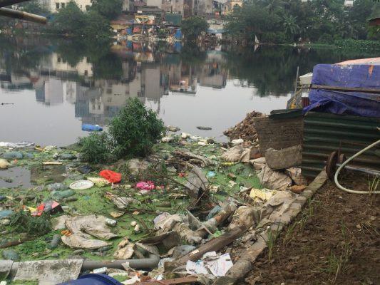 Nguồn nước bị ô nhiễm và các biểu hiện chính là gì?